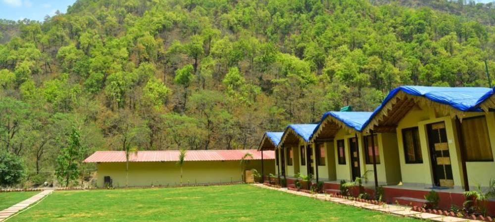 riverside-cottages-camping